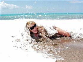 Волна подкралась незаметно :)