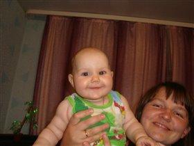 улыбка в маминых руках