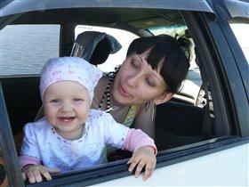 Уля с мамочкой