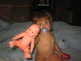 Я охотнее куклу отдам!