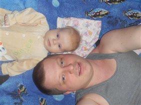 Папа с любимой дочуркой!