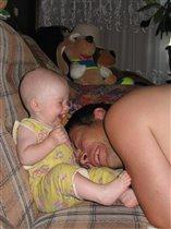 Две улыбки для мамочки!!!))))))