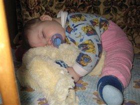 спят устаалые игрушки...