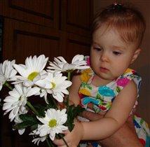 Первые цветы на Первый день рождения!