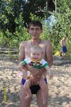 С папочкой на пляжу.