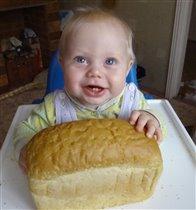 с хлебом я, пожалуй, справлюсь...