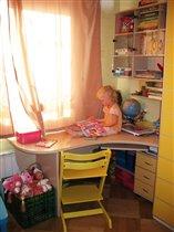 стол в детской