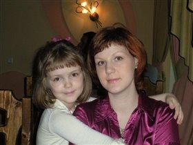 Мама и дочка - как 2 капли :)