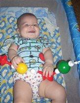 Какой веселый денек- играет шумно наш сынок!