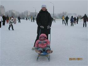 На коньках