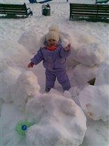 Играем в снежки