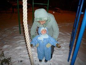 С Бабушкой,Я рад залезть и на канат!!!