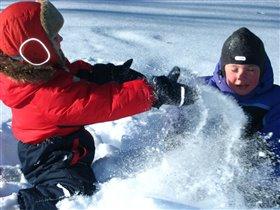 Снежные бои без правил