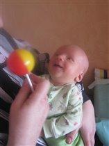 Одуванчик-погремушка - моя первая игрушка!