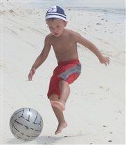 Футбол всегда, футбол везде..