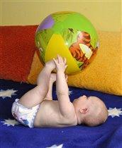девочка и мяч