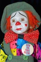 Кукла 'клоун' из музея клоунов