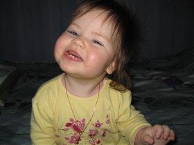 улыбнись, и мир вокруг тебя станет светлее