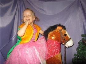 Маленькая принцесса дракошек Маргаритка