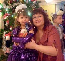 С воспитателем Еленой Алексеевной