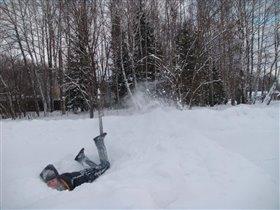 Ныряем в снег.