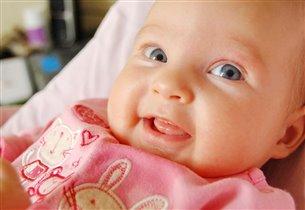 Первая сознательная улыбка))))
