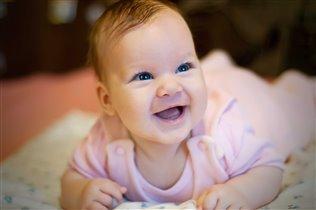 Первая улыбка доченьки