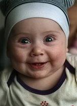 Илонка улыбчивая девчонка!