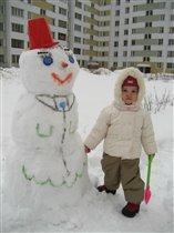 Наш первый снеговик