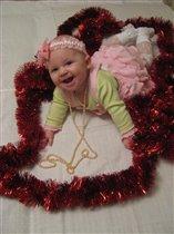 Очаровательная улыбка для Деда Мороза
