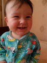 счастливый малыш )))