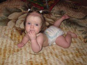 Малышка-любопышка!