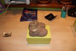 ботиночки для девочки 19 р