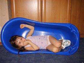 Лёгким движением руки ванночка превращается...