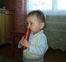 Какая вкусная колбаса! Ням-Ням!