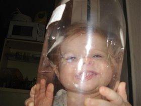 озорная девчушка,веселушка наша дочушка