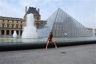Я так счастлива, я в Париже!!! Лувр!!!