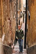 Самая узкая улочка Стокгольма (90 см)