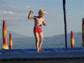 Целый день мне прыгать не лень!!!