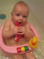 Дмитрий купается!!!
