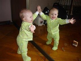 Я девочка близнец! Кто не верит - пусть проверит!