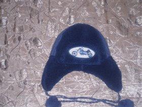 Зимняя шапка 100 руб.