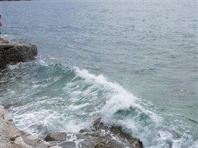 Море волнуется - раз, море волнуется - два...