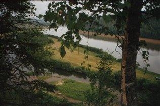 Река Вишера с высоты Говорливого камня. Красновише