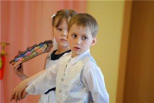 танец с веером...
