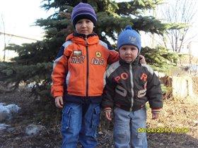 два брата-акробата