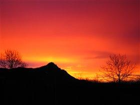 Рассвет над горой Бештау