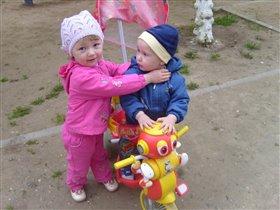 Ангелина с любимым братиком Артёмкой