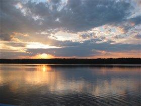 Закат на реке Свирь