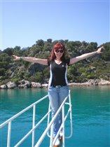Титаник отдыхает!:)Прогулка на носу яхты в Турции.